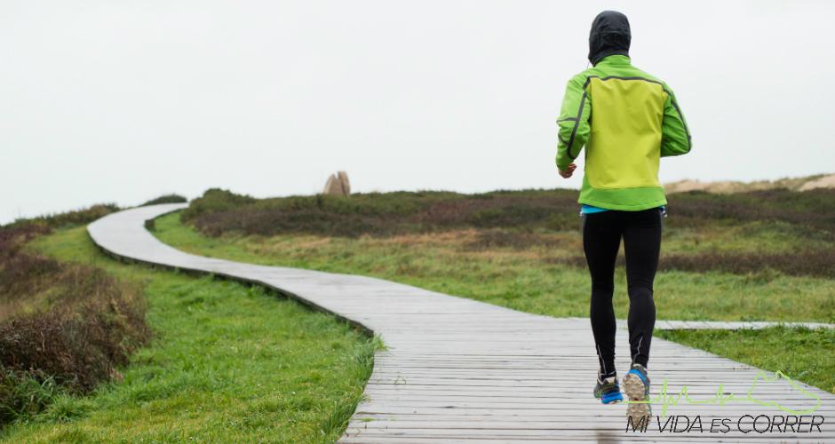 ¿Resfriado y/o accidente a la vista? Invierte en la ropa adecuada para correr bajo la lluvia