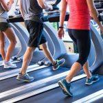 Diferencias entre correr en la caminadora y salir a entrenar